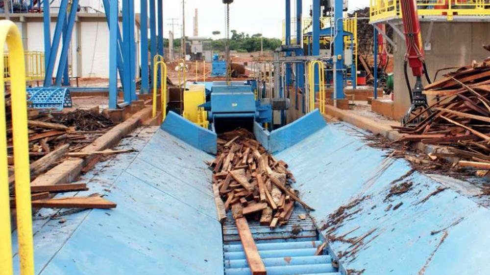 PTL 400 x 1000 chipping wood waste