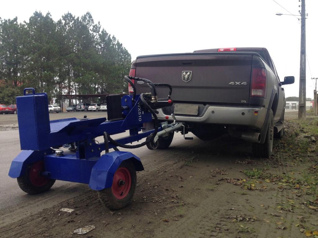 RTG 04 being towed