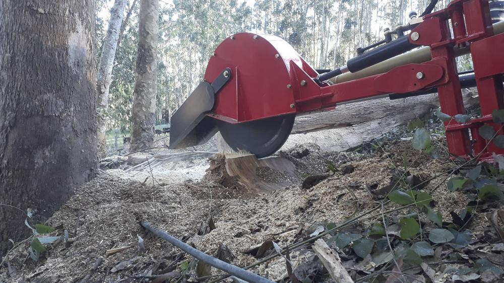 Stump grinder with tractor power take off