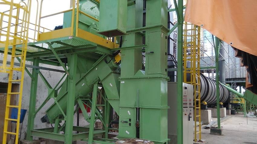 System Drive biomass pellet plant.