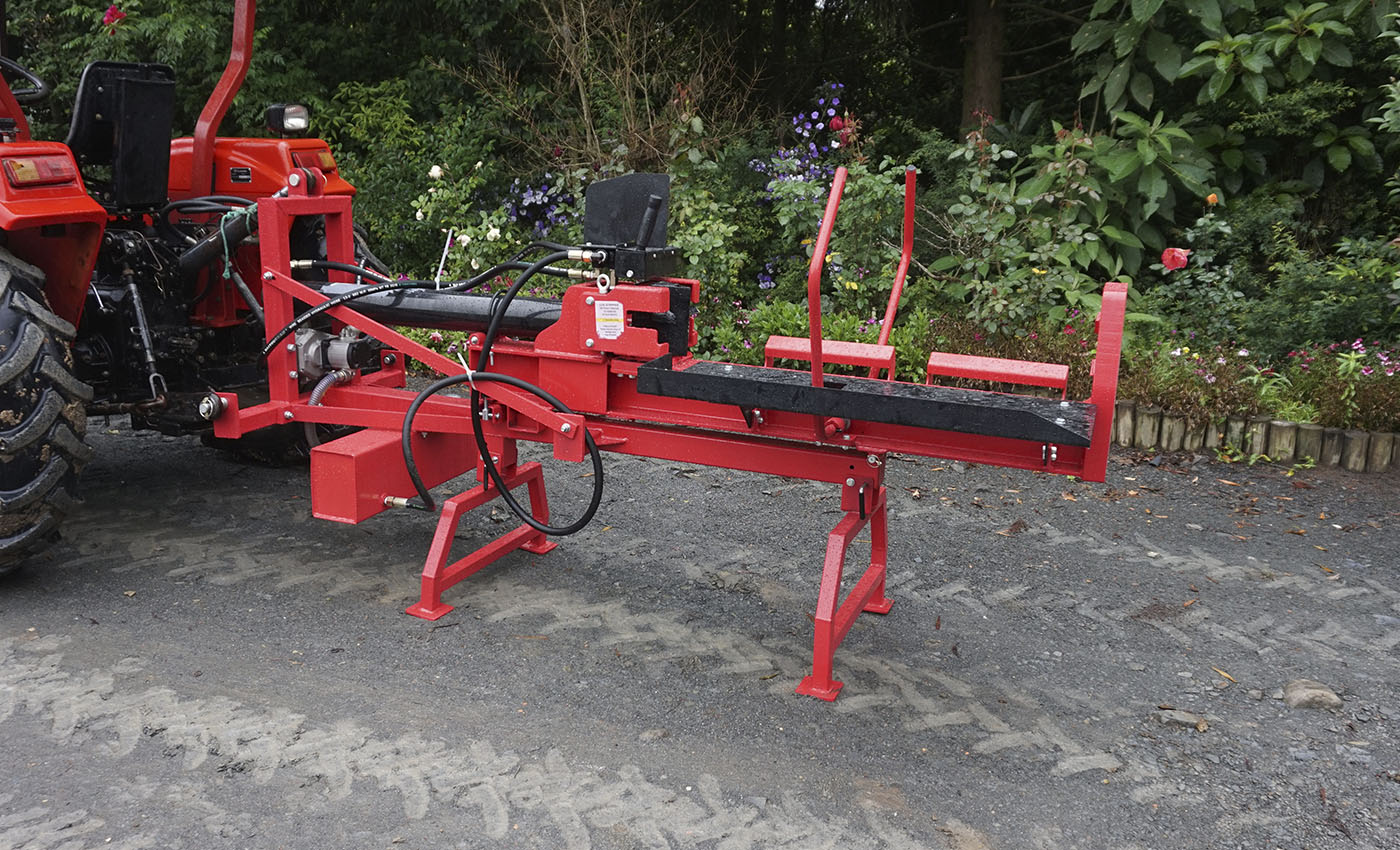 The log splitter can be operated on horizontal or vertical side