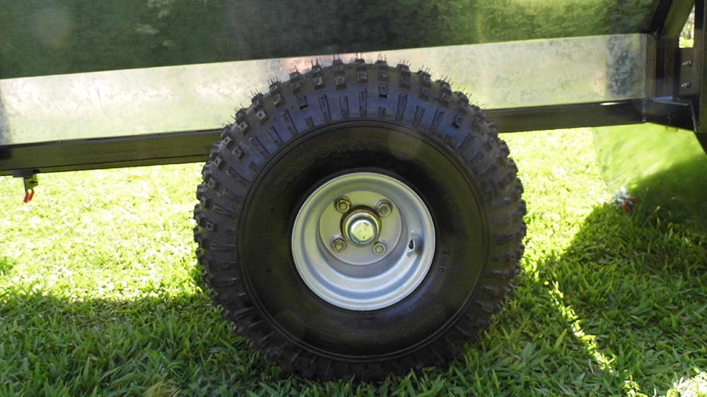 Tire 22 × 11-8 for difficult terrain.