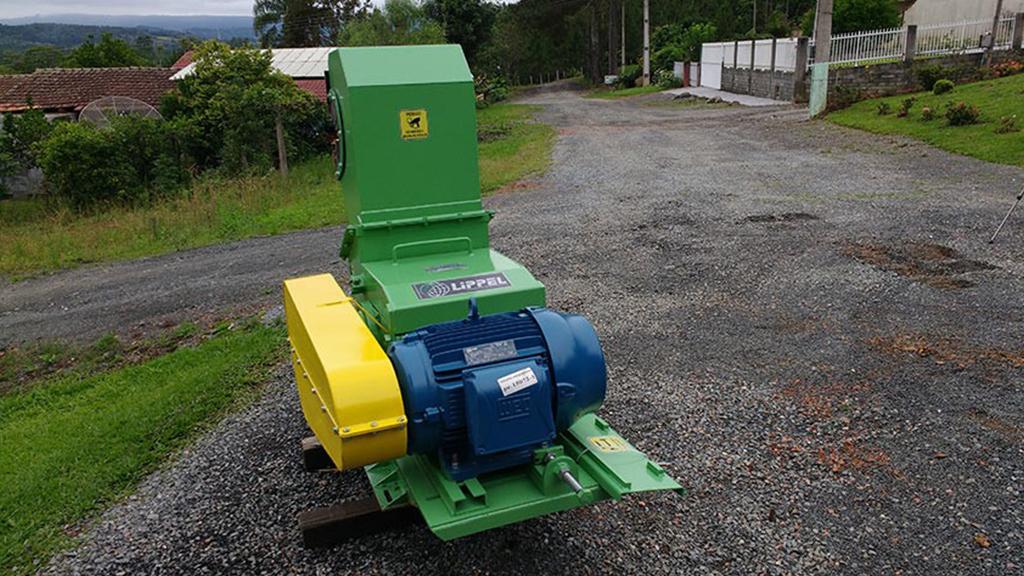 Trituradores Série Vertical TVL com motor elétrico com diversas opções de motorização