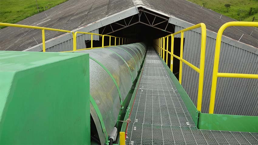 Used in various industries, our conveyor belts are manufactured on measure.
